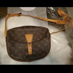 Louis Vuitton Jeunefille GM